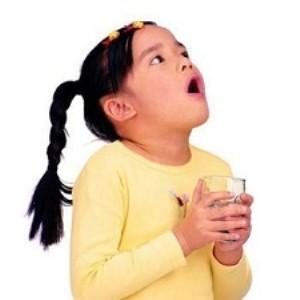 Полоскание горла у детей при фарингити